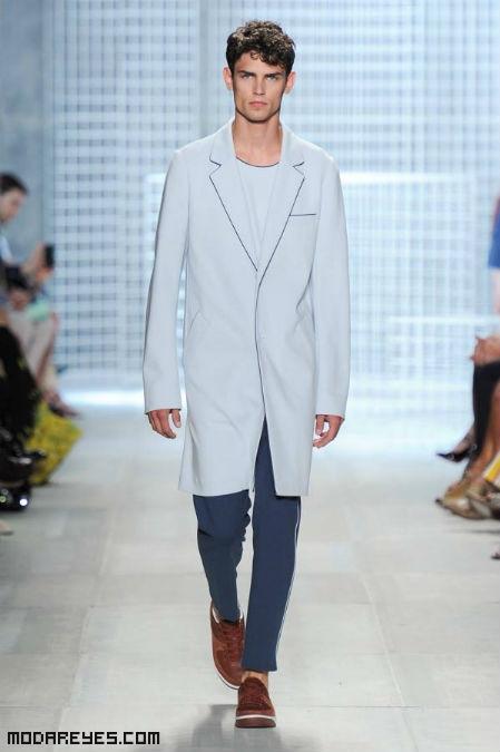 Colecciones de moda juvenil en tonos azules