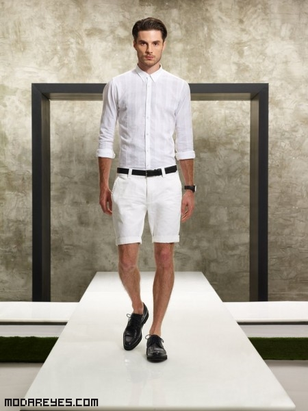 Hombres elegantes en color blanco