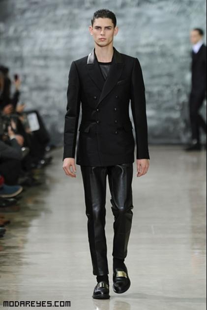 pantalones de cuero juveniles