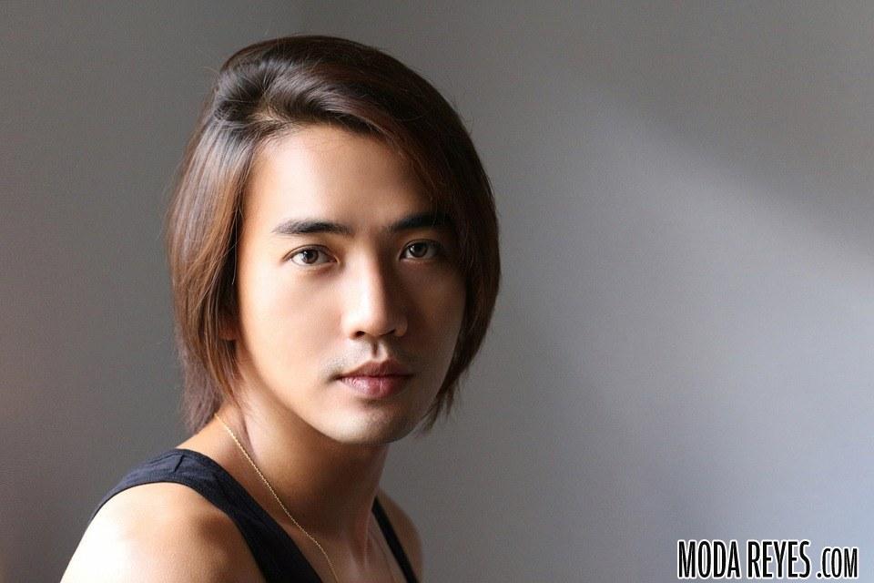 cabello largo hombre
