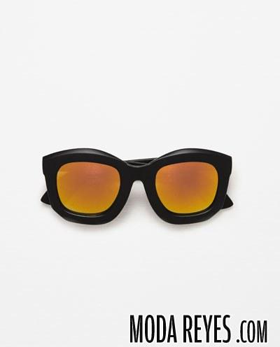 gafas con montura en negro