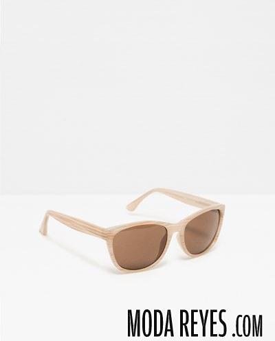 gafas con patillas madera