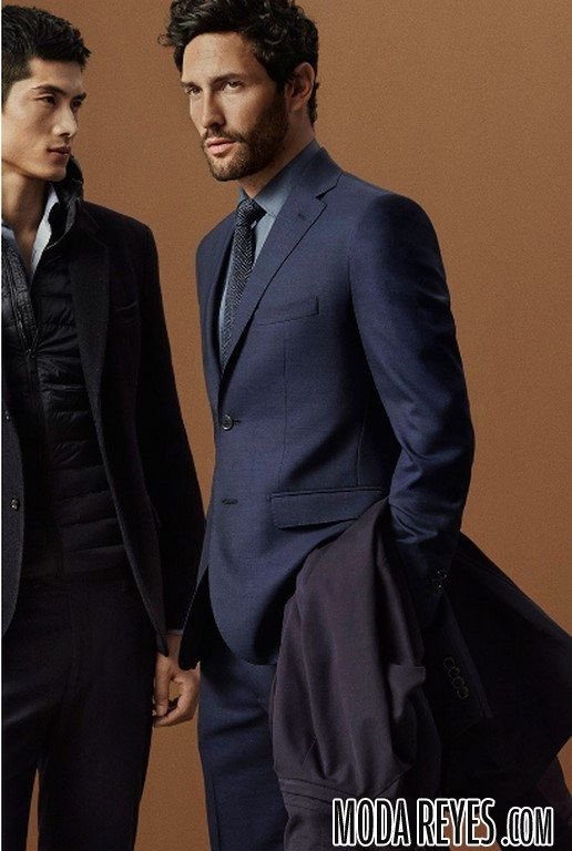 traje azul de massimo dutti