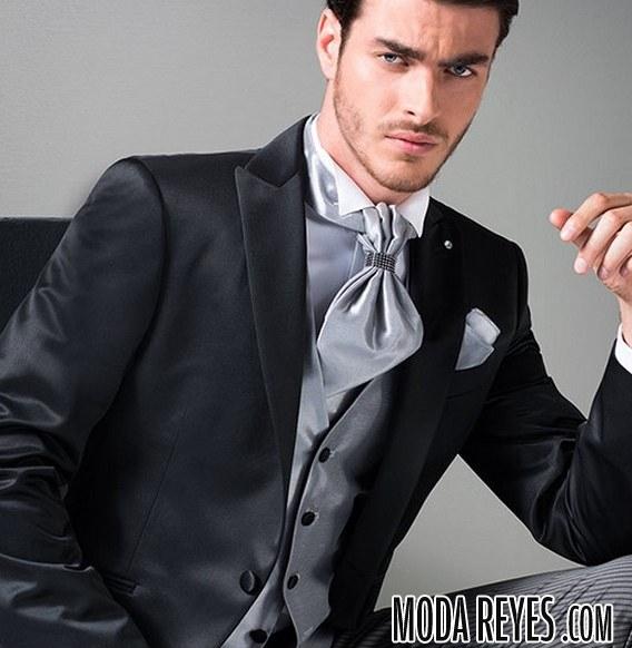 traje negro para novio