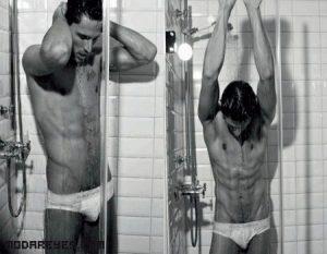 Andrés Velencoso se desnuda para Dolce & Gabbana