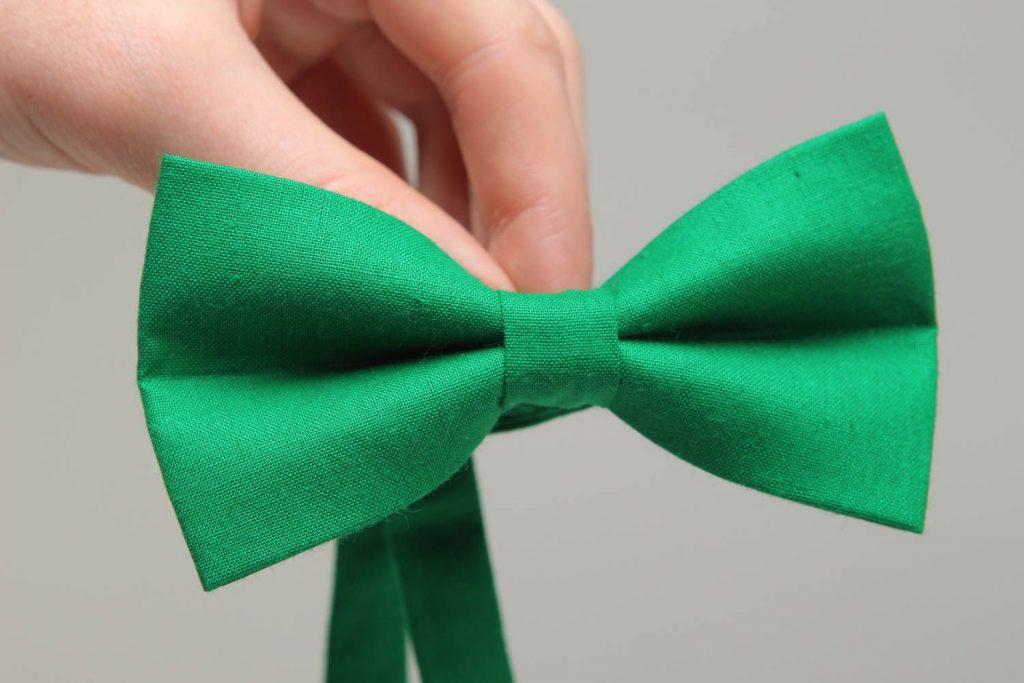 pajarita verde